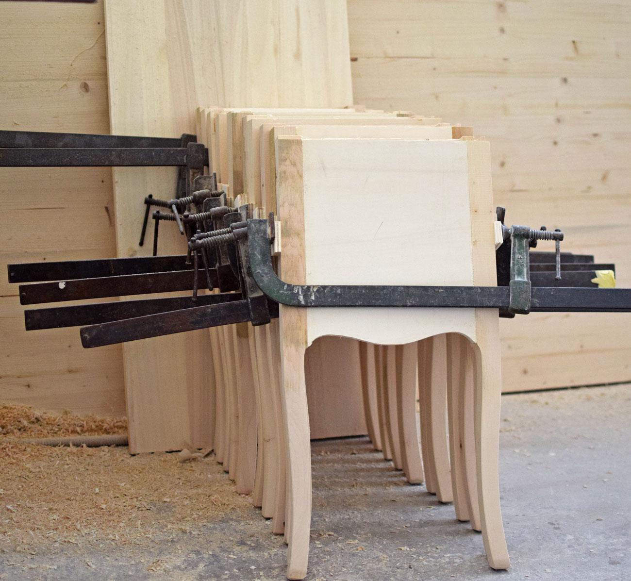 Mobili bernardi Jari crea un prodotto artigianale esclusivo
